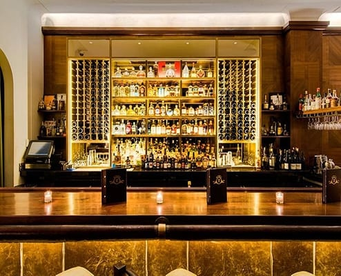 Winnie's Jazz Bar
